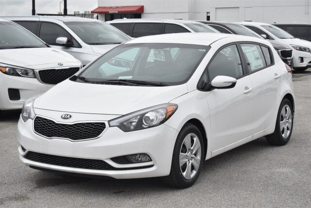2016 kia forte 5 door lx fort worth tx 14463120. Black Bedroom Furniture Sets. Home Design Ideas