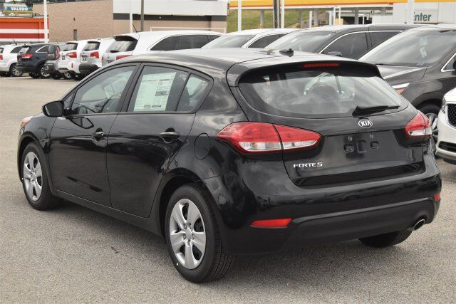 2016 kia forte 5 door lx fort worth tx 14463117. Black Bedroom Furniture Sets. Home Design Ideas