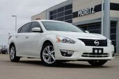 2013 Nissan Altima 2.5 SL w/LEATHER SEATS