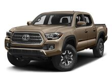 2017 Toyota Tacoma TRD Off Road Double Cab 6' Bed V6 4x4 AT Cranberry Twp PA