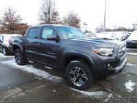 Toyota Tacoma TRD Sport Double Cab 5' Bed V6 4x4 AT 2017