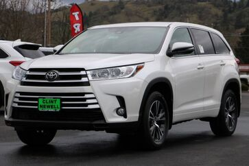 2017 Toyota Highlander LE Plus Roseburg OR
