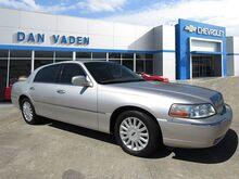 2005 Lincoln Town Car Signature Savannah GA