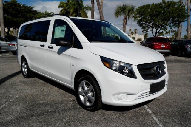 2017 mercedes benz metris passenger van worker cutler bay for 2017 mercedes benz metris passenger van
