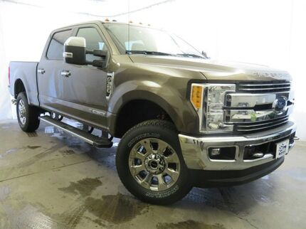 2017 Ford Super Duty F-350 SRW Platinum 4WD Crew Cab 8' Box Southwest MI