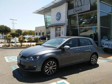2017 Volkswagen Golf SE