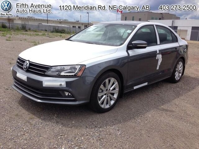 2016 volkswagen jetta 1 8 tsi comfortline sport package b w fifth ave vw calgary ab. Black Bedroom Furniture Sets. Home Design Ideas