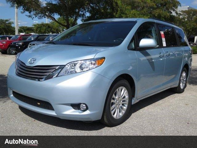 2016 toyota sienna xle fort myers fl 12376692. Black Bedroom Furniture Sets. Home Design Ideas