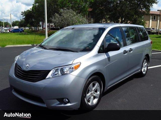 gas mileage of 2014 toyota sienna fuel economy. Black Bedroom Furniture Sets. Home Design Ideas