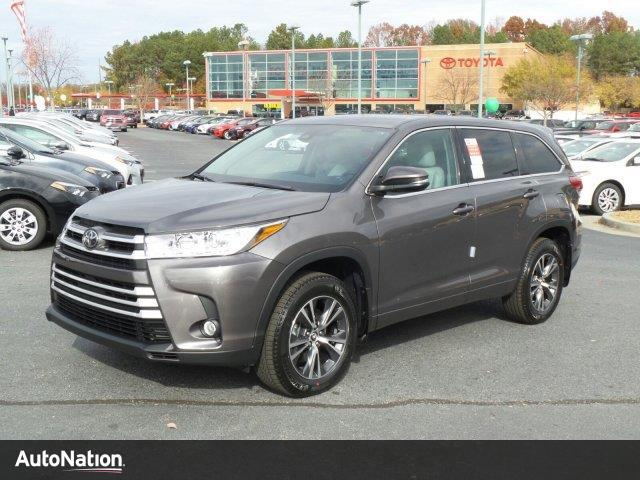 2017 toyota highlander le plus buford ga 16123267. Black Bedroom Furniture Sets. Home Design Ideas
