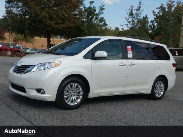 2017 toyota sienna xle buford ga 15751065. Black Bedroom Furniture Sets. Home Design Ideas