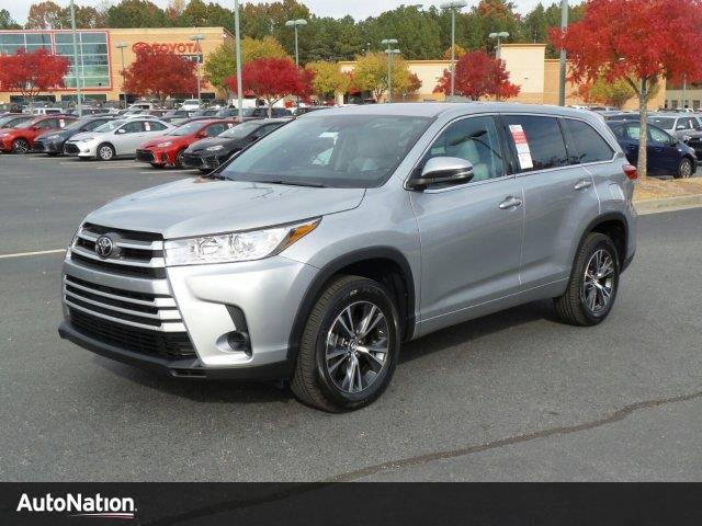 2017 toyota highlander le buford ga 16046563. Black Bedroom Furniture Sets. Home Design Ideas