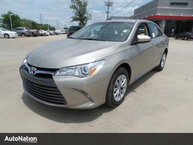 2017 toyota camry le houston tx 13935007. Black Bedroom Furniture Sets. Home Design Ideas