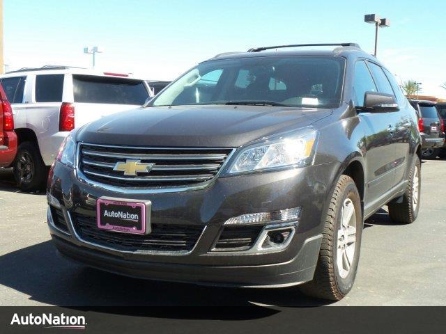 2017 chevrolet traverse lt valencia ca 14873088. Black Bedroom Furniture Sets. Home Design Ideas