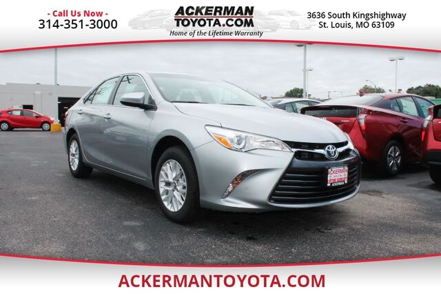 2017 toyota camry le st louis mo 15232838. Black Bedroom Furniture Sets. Home Design Ideas