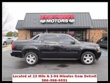 Chevrolet Avalanche LT 4x4 4dr Crew Cab Pickup 2012