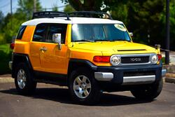 Toyota FJ Cruiser 1-Owner Clean in Perfect Shape Will Warranty 2007