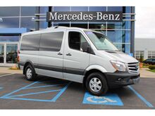Pre owned cars under 10 000 kansas city mo for Mercedes benz under 10000 dollars