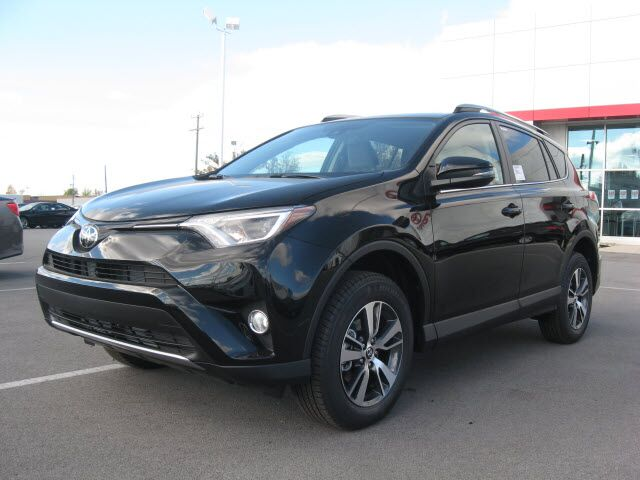 2017 toyota rav4 awd xle lima oh 15818720. Black Bedroom Furniture Sets. Home Design Ideas