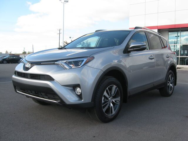 2017 toyota rav4 awd xle lima oh 15818721. Black Bedroom Furniture Sets. Home Design Ideas