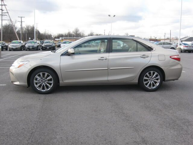 2017 toyota camry xle v6 lima oh 16599556