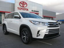Toyota Highlander AWD LE Plus 2017