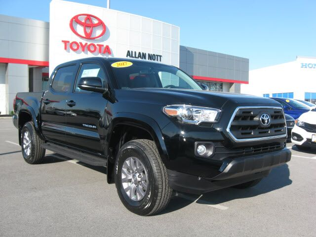 2017 toyota tacoma 4x4 sr5 v6 lima oh 15214828. Black Bedroom Furniture Sets. Home Design Ideas