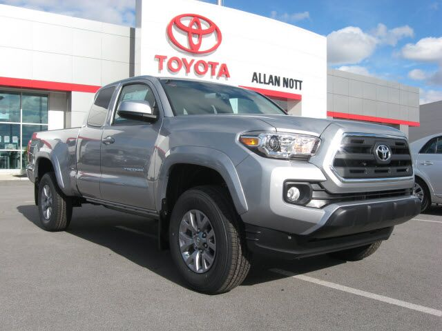 2017 toyota tacoma 4x4 sr5 v6 lima oh 15904095. Black Bedroom Furniture Sets. Home Design Ideas