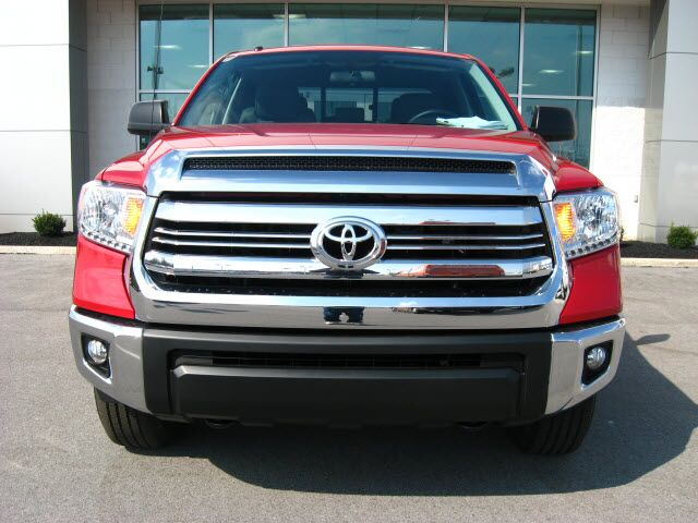 2017 toyota tundra 4x4 sr5 lima oh 17774119. Black Bedroom Furniture Sets. Home Design Ideas