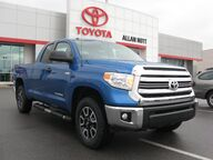 2017 Toyota Tundra SR5 4X4  / TRD Off-Road Pkg Lima OH