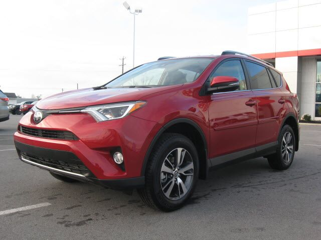 2017 toyota rav4 awd xle lima oh 16201309. Black Bedroom Furniture Sets. Home Design Ideas