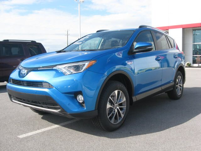 2017 toyota rav4 hybrid awd xle lima oh 17368411. Black Bedroom Furniture Sets. Home Design Ideas