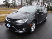 2017 Chrysler Pacifica Touring-L Summit NJ