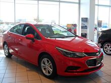 2017 Chevrolet Cruze LT Auto Milwaukee and Slinger WI