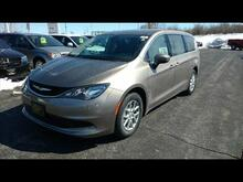2017 Chrysler Pacifica LX Milwaukee and Slinger WI