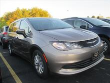 2017 Chrysler Pacifica Touring Milwaukee and Slinger WI
