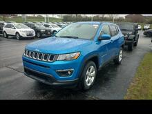 2017 Jeep New Compass Latitude Milwaukee and Slinger WI