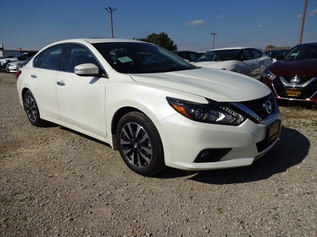 2017 nissan altima 2 5 sl dayton oh 15343770. Black Bedroom Furniture Sets. Home Design Ideas