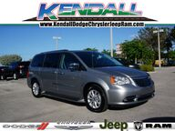 2016 Chrysler Town & Country Limited Platinum Miami FL