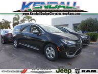 2017 Chrysler Pacifica Limited Miami FL