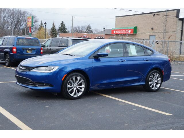 2015 Chrysler 200 S Garden City Mi 16267052