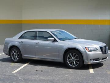2014 Chrysler 300 S Michigan MI
