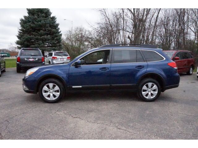 2010 subaru outback limited wagon 4d waukegan il 18632090. Black Bedroom Furniture Sets. Home Design Ideas