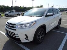 2017 Toyota Highlander LE Plus Clinton TN
