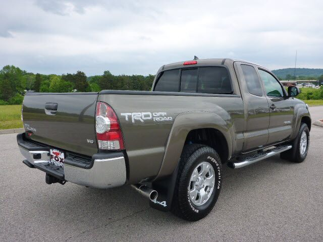 2014 toyota tacoma trd off road clinton tn 18544066. Black Bedroom Furniture Sets. Home Design Ideas