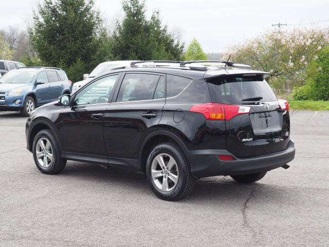 2015 toyota rav4 xle bridgeport wv 12864467. Black Bedroom Furniture Sets. Home Design Ideas