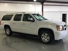 2008 Chevrolet Suburban 4X4*LEATHER*DVD*3RD ROW **LOADED****WWW.MAYESKIA.COM Norman OK