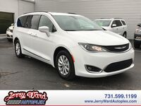 Chrysler Pacifica FWD Touring-L-- Questions? Cell/Text 24/7 @ 731-335-4854 2017