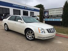 Cadillac DTS Platinum Collection 2011