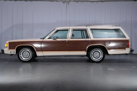 Ford LTD Crown Victoria LX Country Squire 1991